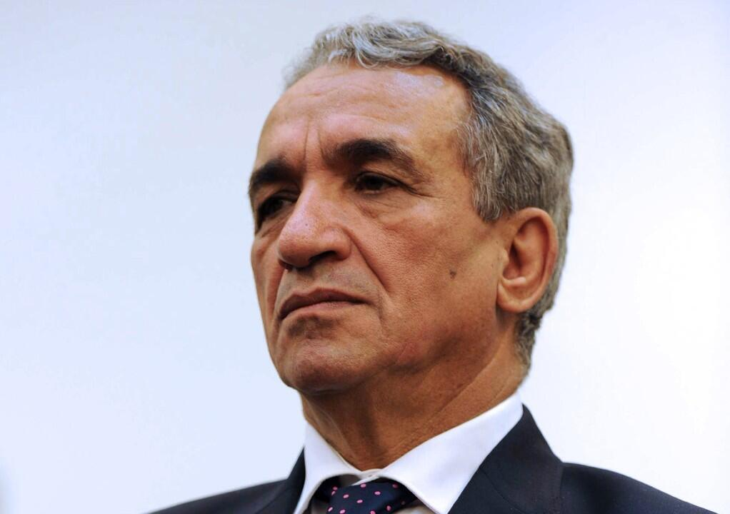 L'ancien ministre algérien des Télécommunications Moussa Benhamadi, proche du clan du président déchu Abdelaziz Bouteflika et qui se trouvait en détention préventive, est décédé à 67 ans vendredi 17 juillet du coronavirus à Alger.