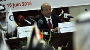 الرئيس اليمني عبد ربه منصور هادي في جدة في 16 حزيران/يونيو 2015