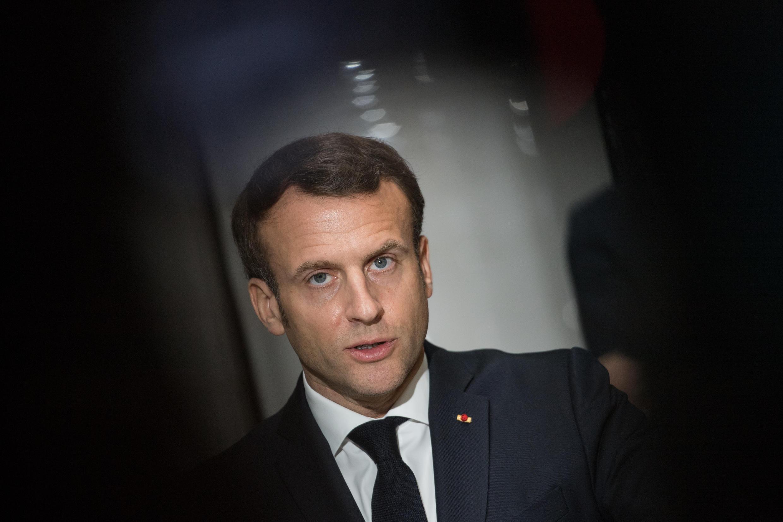Emmanuel Macron en déplacement à Angers le 31 mars 2020.