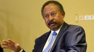 Le Premier ministre du gouvernement de transition soudanais, Abdallah Hamdok, lors d'une interview accordée à Reuters à Khartoum, le 24août2019.