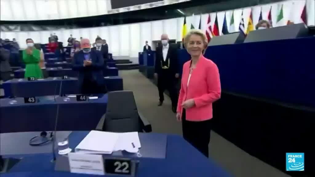 2021-09-15 19:04 Ursula von der Leyen celebró la respuesta de la UE a la crisis sanitaria por el Covid-19