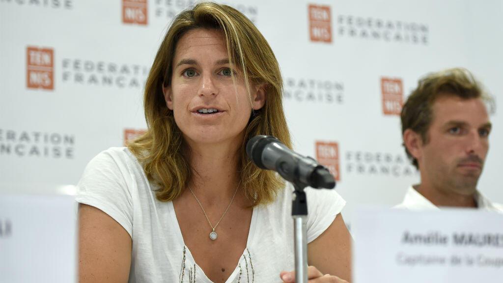 Amélie Mauresmo, ici le 23 juin lors d'une conférence de presse, sera la première femme à diriger l'équipe de France masculine de tennis.