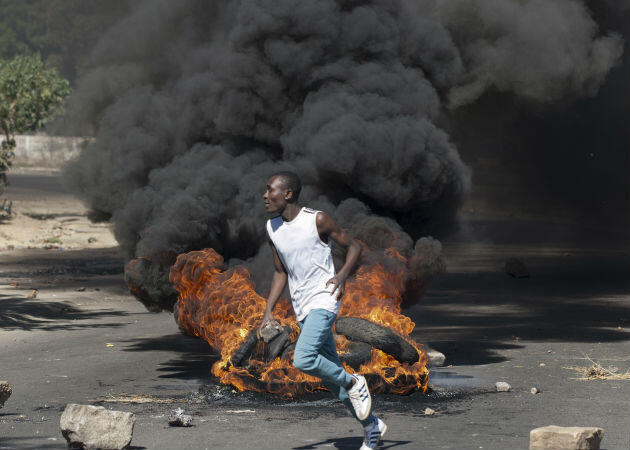 Un manifestation lors du mouvement de contestation à Bulawayo, deuxième ville du pays et bastion de l'opposition.