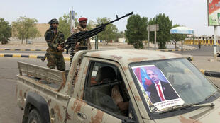 Des membres des forces séparatistes, le 28 août 2019, près de l'aéroport d'Aden.