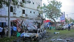 موقع الانفجار في مقديشو في 8 أيار/مايو 2017