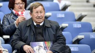 Guy Roux, figure historique du football français.