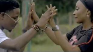 """L'actrice nigérianne Rahama Sadau a été mise en cause après avoir tourné dans le clip du chanteur """"Classic"""" dans le sud du Nigeria."""