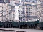 Paris maintains ban on gatherings along Seine river over coronavirus fears
