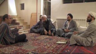 """Extrait d'""""Iranien"""", le documentaire de Mehran Tamadon en salles le 3 décembre 2014."""