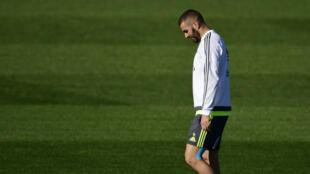 L'attaquant du Real Madrid Karim Benzema, à l'entraînement à Madrid, le 7 novembre 2015.