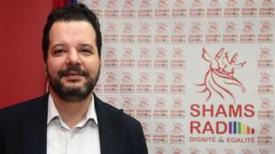 Mounir Baatour, dans les locaux de la radio LGBT créée par son associations Shams, le 18 décembre 2017, à Tunis.