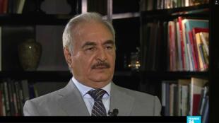 Pour le général Khalifa Haftar, une armée unifiée est indispensable en Libye.