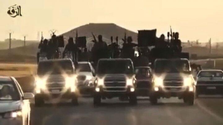 """صورة من فيديو دعائي لجهاديي تنظيم """"الدولة الإسلامية"""""""