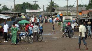 C'est à Douala, la capitale économique du pays (ici une banlieue de la ville en 2008), qu'ont eu lieu les heurts les plus violents samedi 26 janvier.