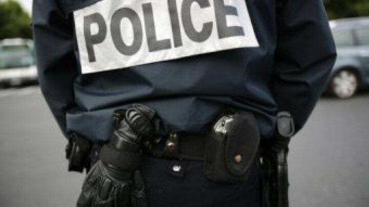 Face aux nombreuses mobilisations et manifestations, la police est sommée, au plus haut niveau de l'État de se réformer pour endiguer le racisme.
