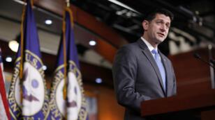 El presidente de la Cámara de Representantes, Paul Ryan, habla durante una conferencia de prensa en la que anunció que no buscaría la reelección de su cargo en noviembre, en Capitol Hill, Washington, EE. UU., el 11 de abril de 2018.