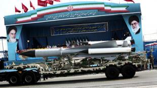 Un système de missile sol-air présenté lors de la Journée de l'armée, le 18 avril 2015 à Téhéran