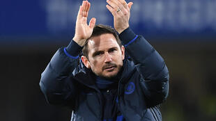 Victory for Frank Lampard's Chelsea against Mancester City could crown Liverpool champions