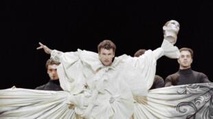 L'ex-star française de la danse Patrick Dupond s'est éteint à l'âge de 61 ans. Ici, lors d'une représentation au Théâtre des Champs-Élysées à Paris, le 11 janvier 1992.