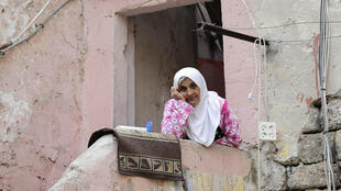 The lockdown imposed by Lebanese authorities to stem the spread of COVID-19 has compounded poverty and economic hardship in the country, rights group Human Rights Watch is saying