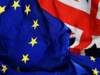 """Emmanuel Macron demande à Boris Johnson de négocier """"rapidement"""" avec l'UE"""