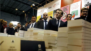 Emmanuel Macron, jeudi 15 mars, lors de l'inauguration du Salon Livre Paris.