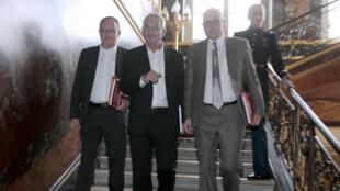Éric Aubin, Thierry Lepaon et Éric Lafont, le 4 juillet 2013, à Matignon.