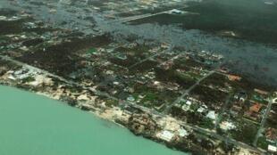 Una vista aérea muestra la devastación después de que el huracán Dorian azotara las Islas Ábaco en las Bahamas el 3 de septiembre de 2019.