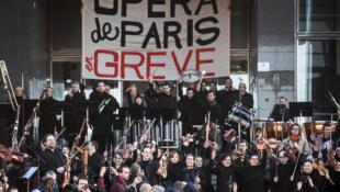 Striking Paris Opera workers on December 31, 2019.