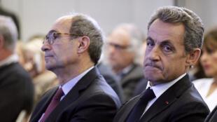 """L'ancien président français Nicolas Sarkozy dénonce la géolocalisation de son téléphone en marge de l'enquête """"Air Cocaïne"""""""