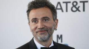 """السوري طلال ديركي مخرج الفيلم الوثائقي """"عن الآباء والأبناء"""" يصل حفل توزيع جوائز الأوسكار"""