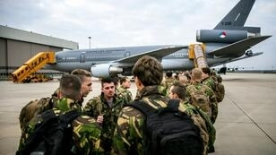 Dutch soldiers depart with a KDC-10 tank and transport device from The Netherlands to participate in the NATO exercise Trident Juncture 18, which will take place in Norway from October 25 to November 7