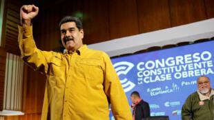 El presidente de Venezuela, Nicolás Maduro, asiste a un evento con trabajadores en Caracas, Venezuela, el 11 de octubre de 2018.