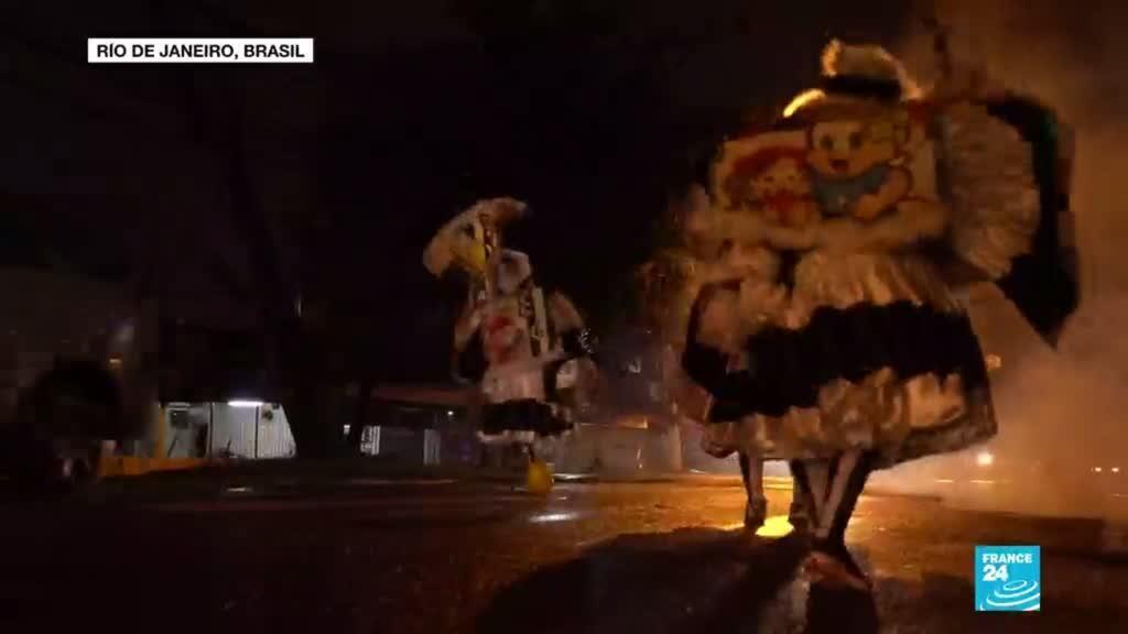 2021-02-15 13:42 Río de Janeiro: un retrato del carnaval prohibido a través de los bate-bola