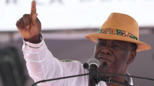 Alassane Ouattara le 27 janvier dans le stade d'Abidjan.