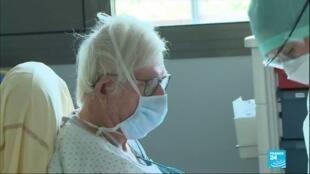2020-04-30 14:04 Baisse du nombre de cas graves du coronavirus en France, un répit pour les soignants