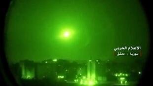 أنظمة الدفاع الجوي السورية تتصدى لصواريخ إسرائيلية. 10 أيار/مايو 2018.