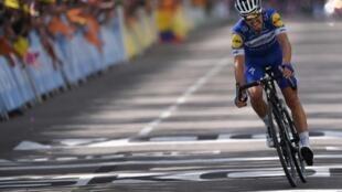 Le Français Julian Alaphilippe lors de la 8e étape du Tour de France le 13 juillet 2019