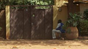 À Bamako, où un militaire français a été blessé