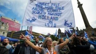 متظاهرون مؤيدون لاستقلال إسكتلندا في غلاسغو