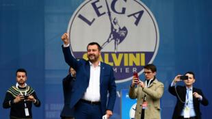 وزير الداخلية الإيطالية ماتيو سالفيني.