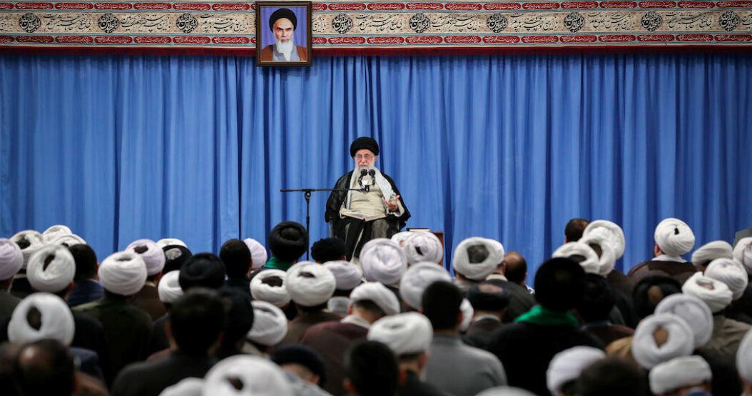 El líder supremo de Irán, el Ayatolá Alí Jamenei, da un discurso en Teherán, Irán, el 17 de septiembre de 2019.