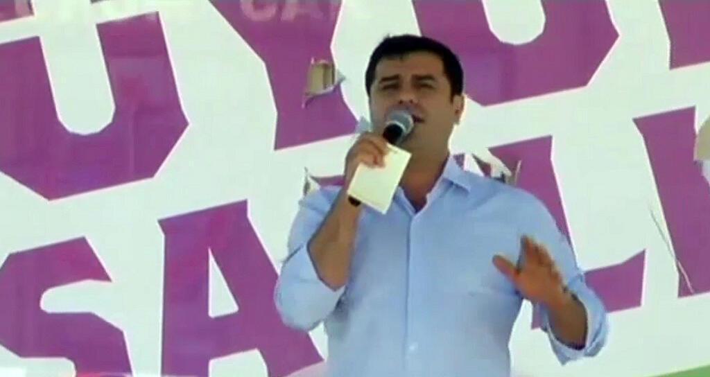 رئيس حزب الشعب الديمقراطي الكردي في تركيا صلاح الدين دميتراس