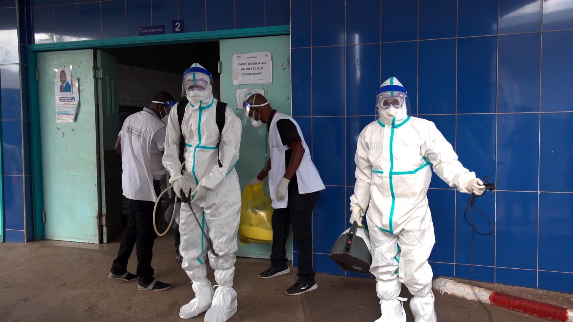 """200 vaccinations après un cas d'Ebola en Côte d'Ivoire, l'OMS """"préoccupée"""""""