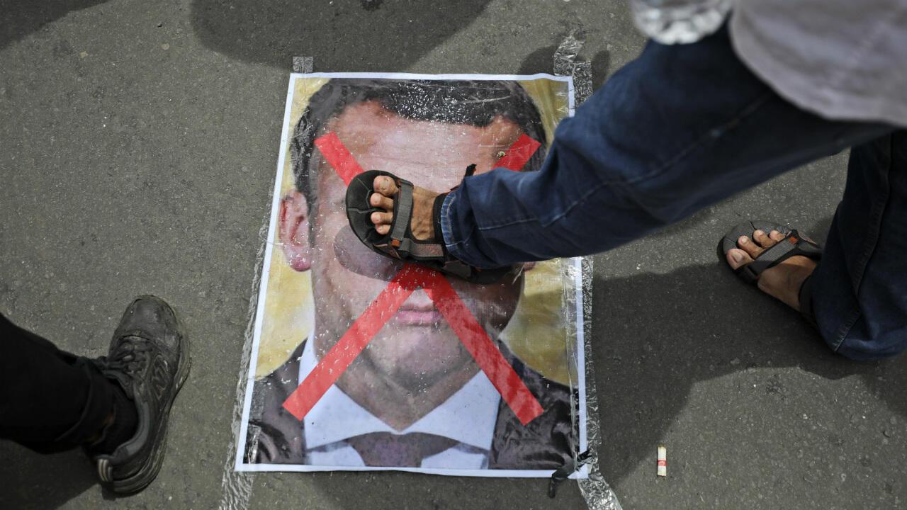 France Macron Muslim Boycott