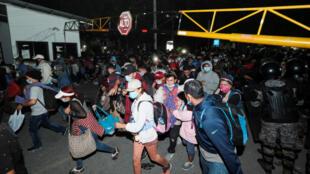 caravana_migrantes_honduras_guatemala_ee_uu