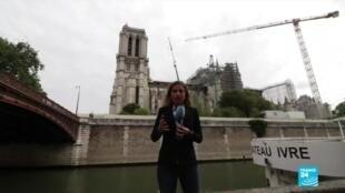 2020-06-08 19:11 Notre-Dame : début de l'opération de retrait de l'échafaudage