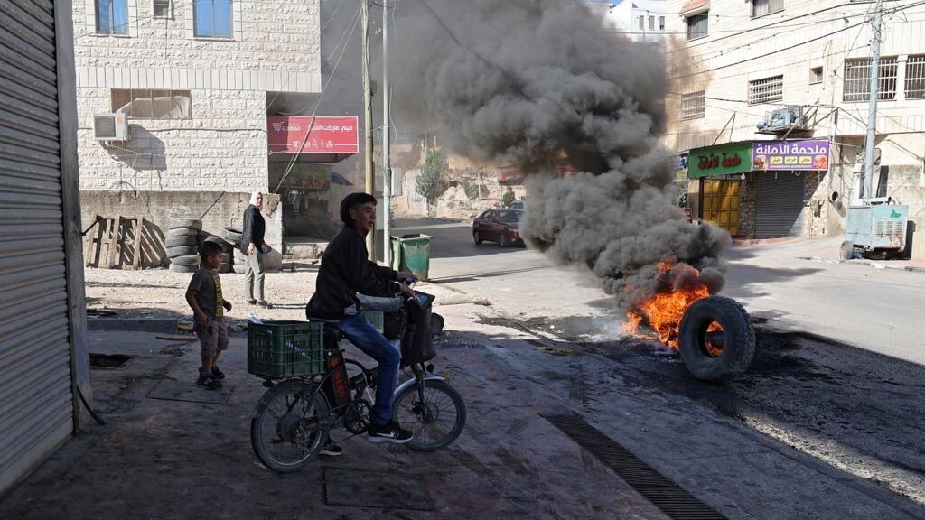 مقتل أربعة فلسطينيين إثر اشتباكات مع الجيش الإسرائيلي في الضفة الغربية thumbnail