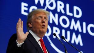El presidente de Estados Unidos, Donald Trump, habla en la reunión anual del Foro Económico Mundial (WEF) en Davos, Suiza, el 26 de enero de 2018.