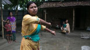 الناشطة رادا راني البالغة 21 عاما تناضل ضد زواج القاصرات في بنغلادش
